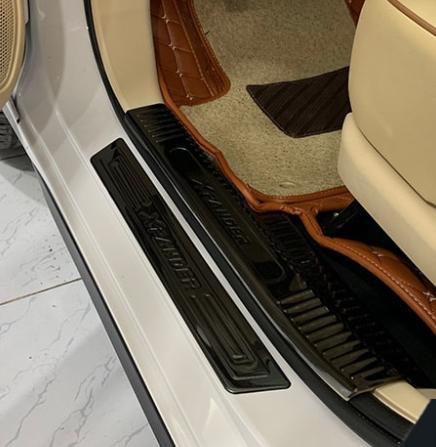 Nẹp Bước Chân Trong Ngoài Mitsubishi Xpander 2018-2019
